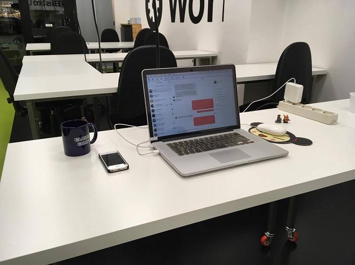 Lorena Ramonda Work Desk