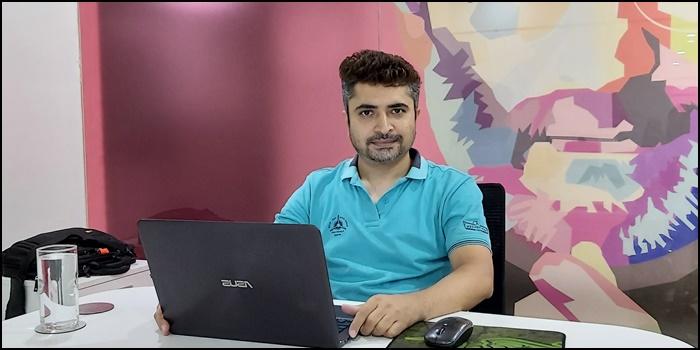 Manish Bhalla Work Desk