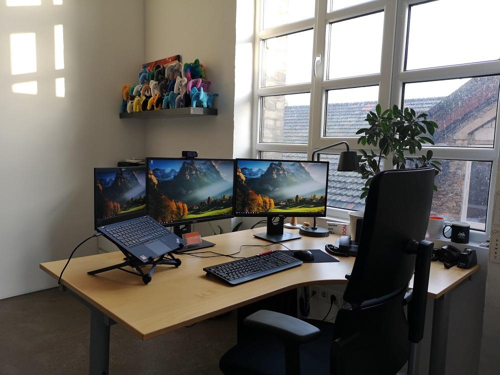 Stephan Hochdörfer Office Desk